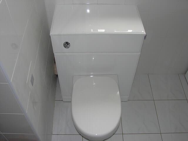Vízszerelő 20. kerület – modern WC kialakítás