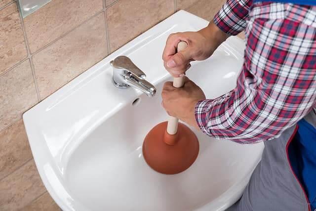 Mesél a 21. kerületi vízszerelő – Csepelen történt eset